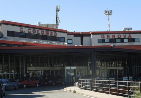 autonoleggio genova aeroporto cristoforo colombo